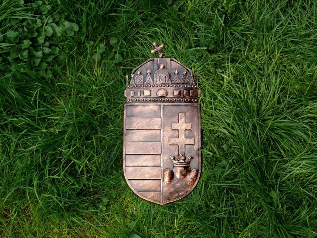 Magyar koronás címer AJÁNDÉKÖTLET